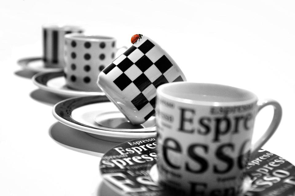 filiżanka espresso z talerzykiem